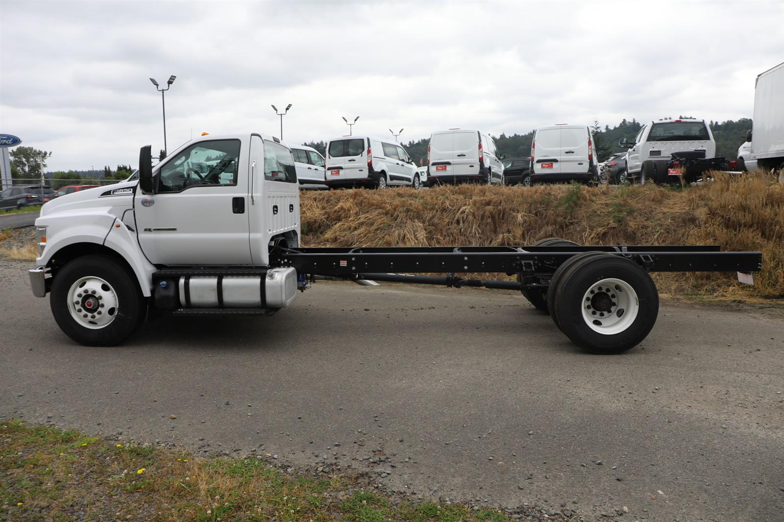 2021 Ford F-650 Regular Cab DRW 4x2, Cab Chassis #E9343 - photo 12