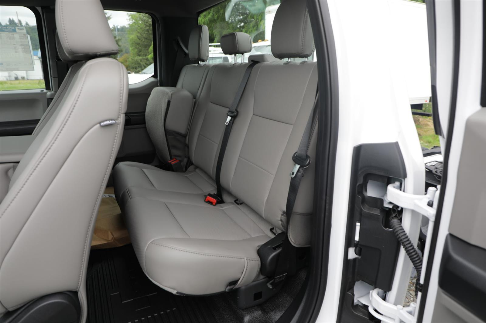2020 Ford F-350 Super Cab DRW 4x2, Cab Chassis #E9469 - photo 14