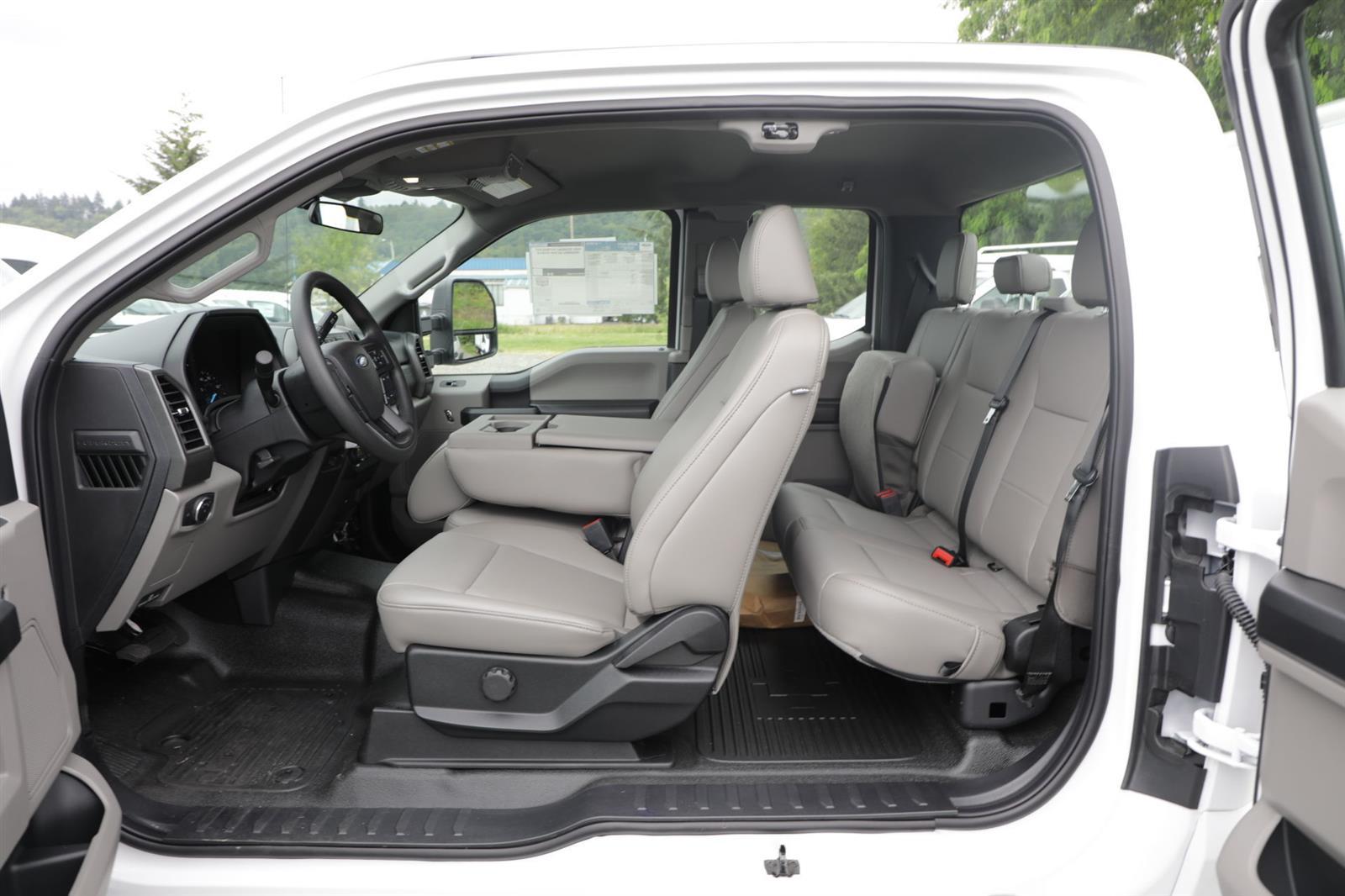 2020 Ford F-350 Super Cab DRW 4x2, Cab Chassis #E9469 - photo 15