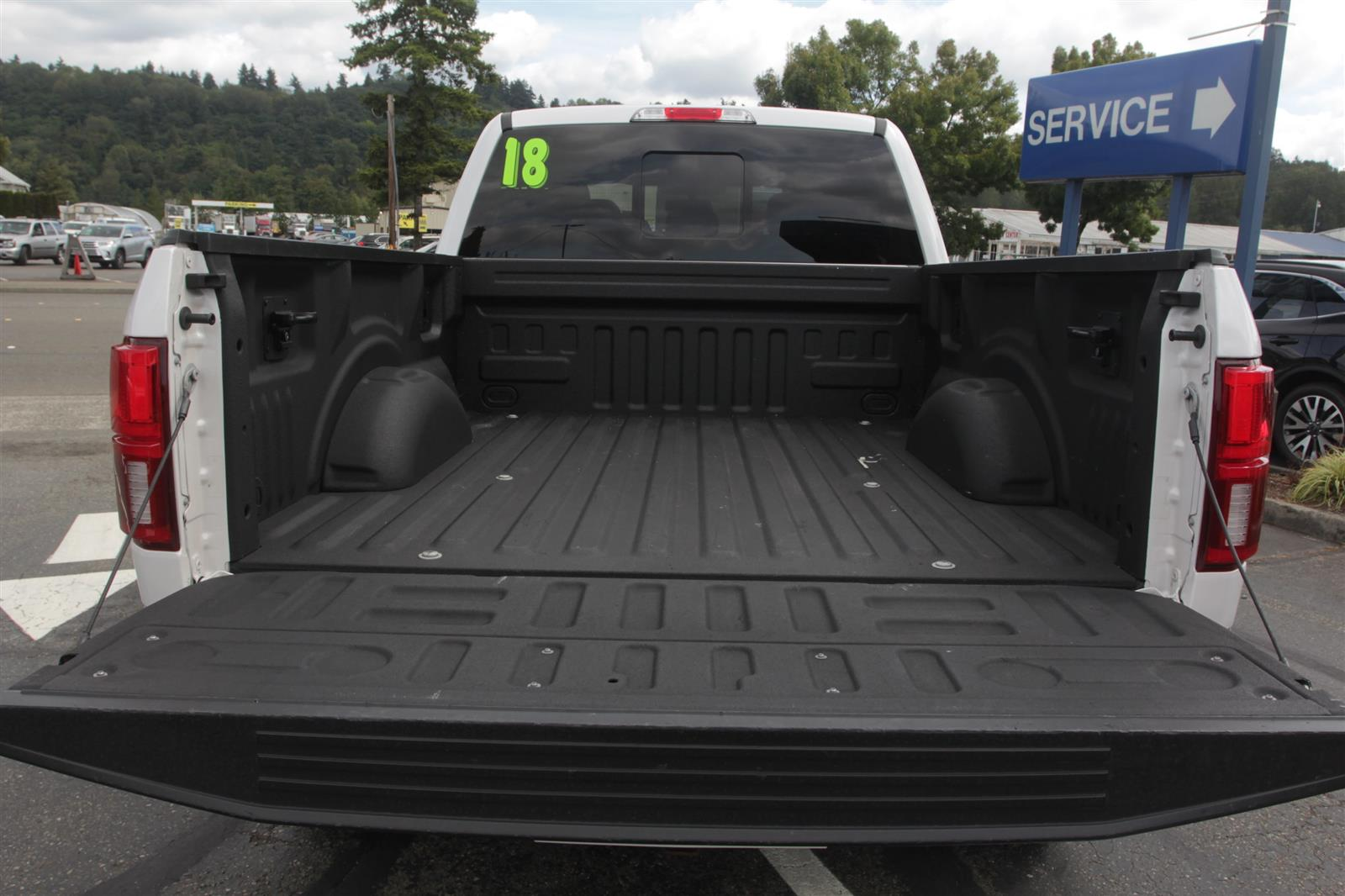 2018 Ford F-150 SuperCrew Cab 4x4, Pickup #E9526A - photo 14