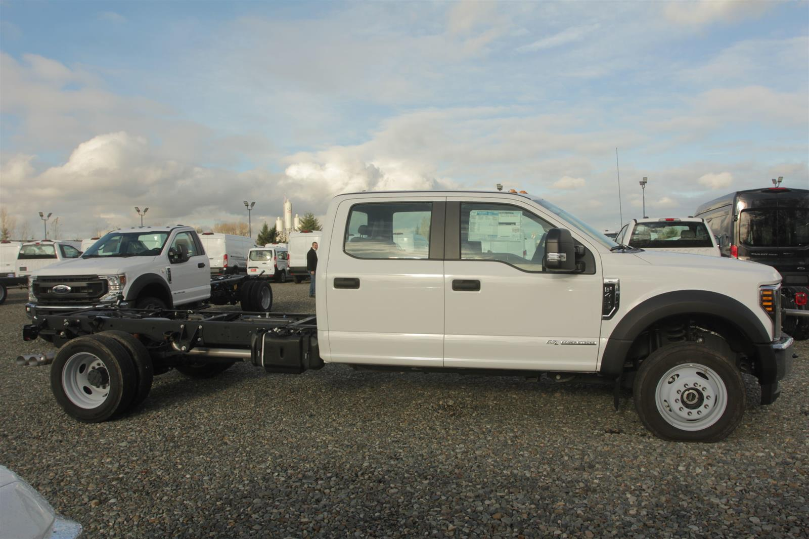 2019 Ford F-450 Crew Cab DRW 4x4, Cab Chassis #E9693 - photo 5