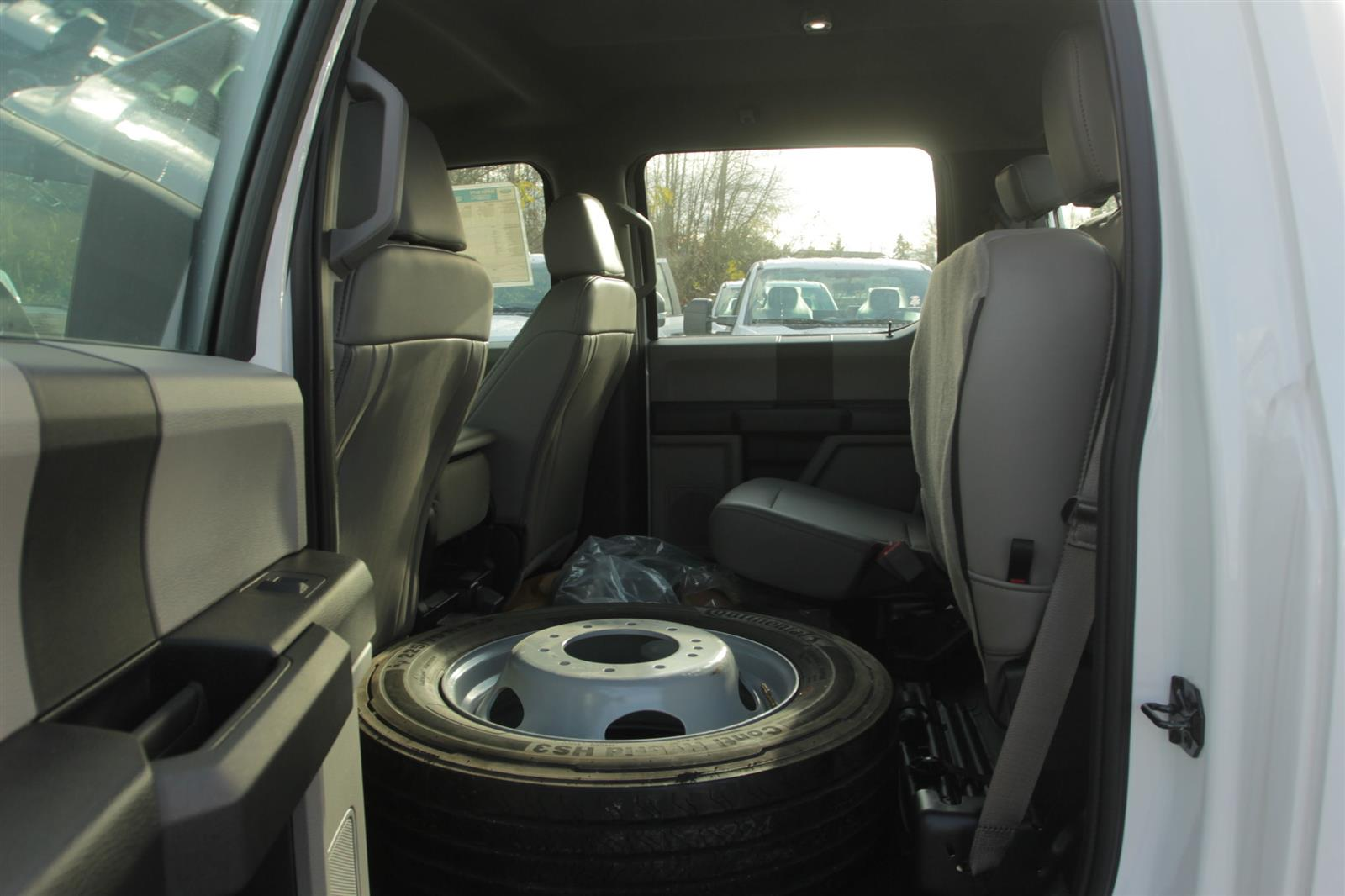 2019 Ford F-450 Crew Cab DRW 4x4, Cab Chassis #E9693 - photo 11