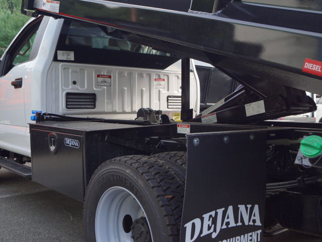 2018 F-550 Regular Cab DRW 4x4,  Dump Body #T18952 - photo 11