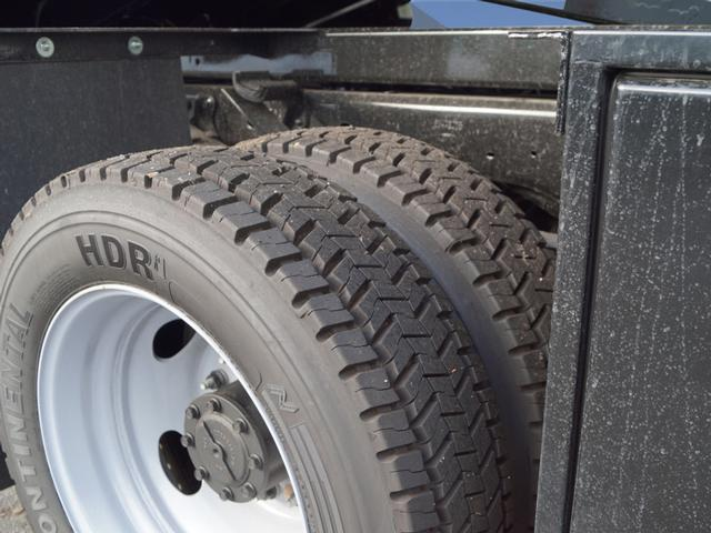 2018 F-550 Regular Cab DRW 4x4,  Dump Body #T18952 - photo 5