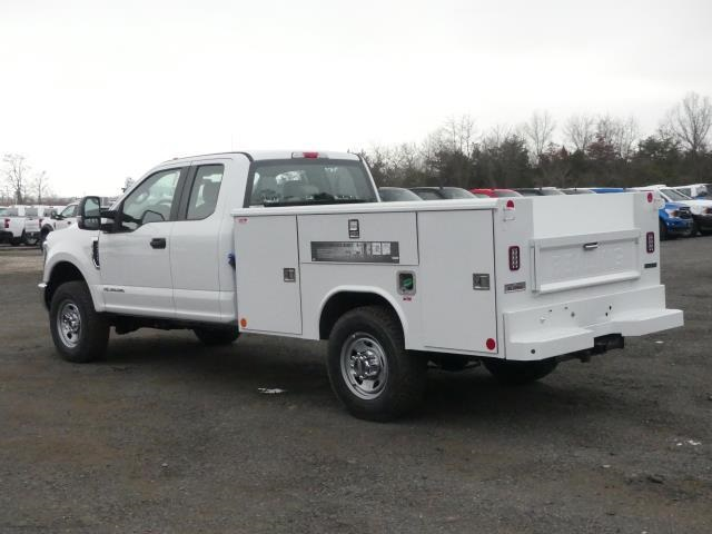 2019 Ford F-350 Super Cab 4x4, Reading Service Body #C91823 - photo 1