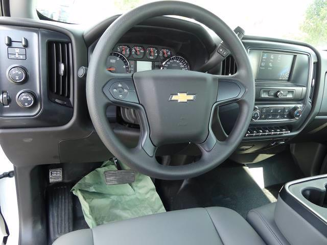 2019 Chevrolet Silverado 5500 Regular Cab DRW 4x4, PJ's Concrete Body #T90830 - photo 3