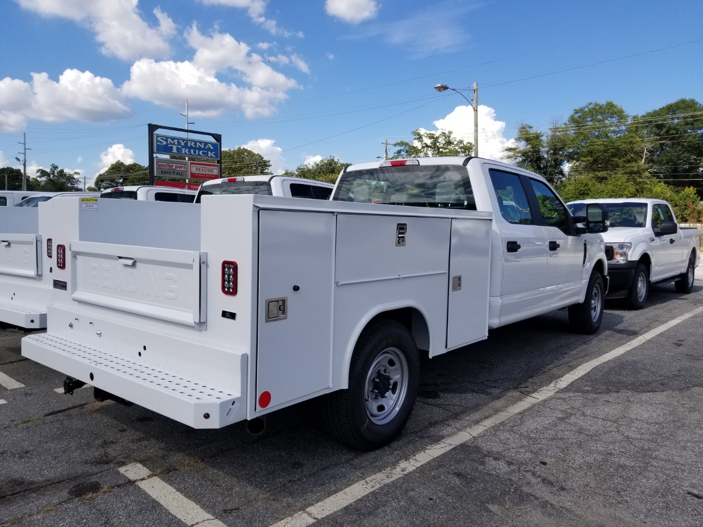 2019 F-250 Super Cab 4x2,  Reading Service Body #0160 - photo 2
