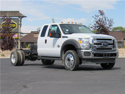2016 F-550 Super Cab DRW 4x4, Cab Chassis #GEB79250 - photo 3