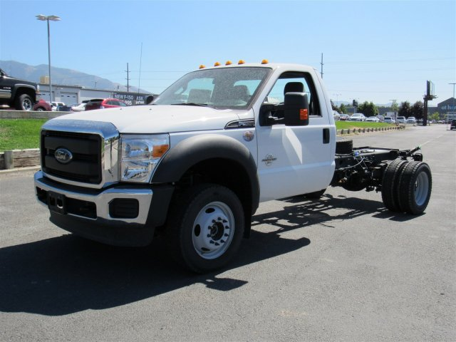 2016 F-550 Regular Cab DRW, Cab Chassis #GEC45318 - photo 3