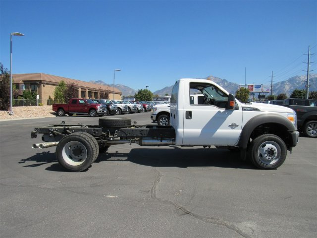 2016 F-550 Regular Cab DRW 4x4, Cab Chassis #GEC46458 - photo 3