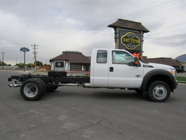 2016 F-450 Super Cab DRW 4x4, Cab Chassis #GEC46460 - photo 3