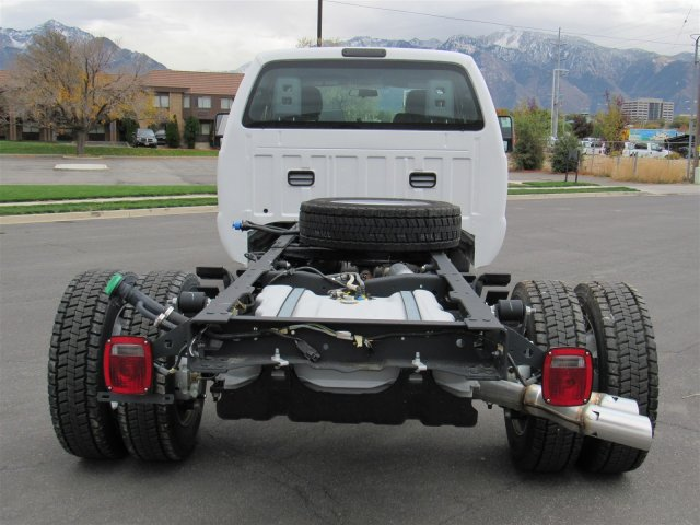 2016 F-450 Super Cab DRW 4x4, Cab Chassis #GEC46460 - photo 4