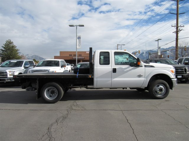2016 F-350 Super Cab DRW 4x4, Rugby Platform Body #GED03768 - photo 4