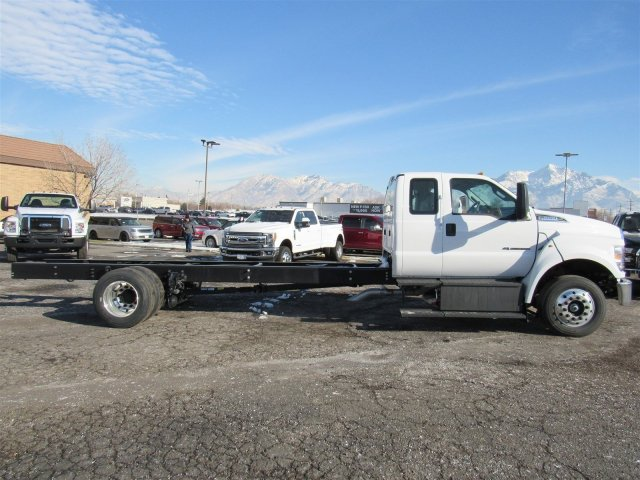 2017 F-650 Super Cab DRW 4x2,  Cab Chassis #HDB03725 - photo 3