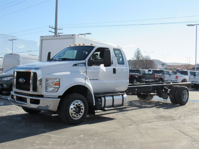 2017 F-650 Super Cab DRW Cab Chassis #HDB03725 - photo 7