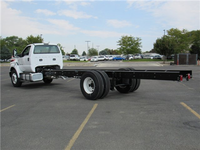 2017 F-650 Regular Cab, Cab Chassis #HDB08582 - photo 6