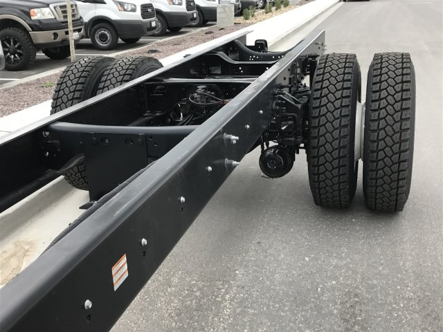2017 F-650 Super Cab DRW Cab Chassis #HDB08584 - photo 10