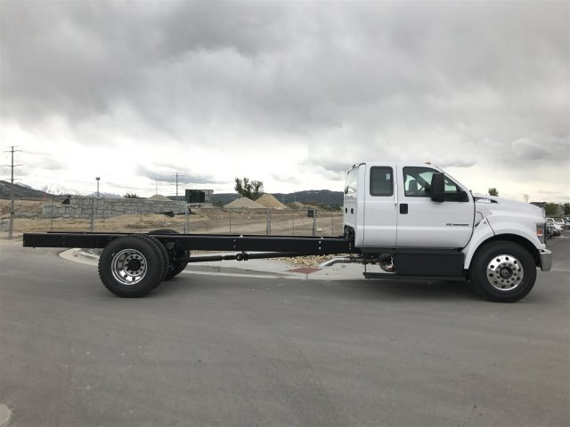 2017 F-650 Super Cab DRW Cab Chassis #HDB08584 - photo 3