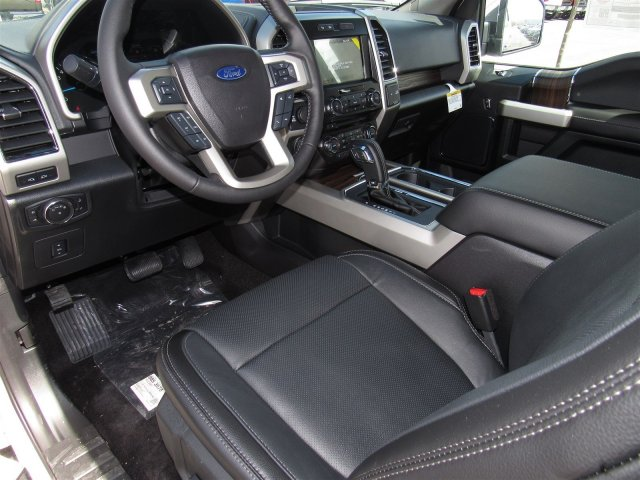 2017 F-150 Crew Cab 4x4, Pickup #T24016 - photo 11