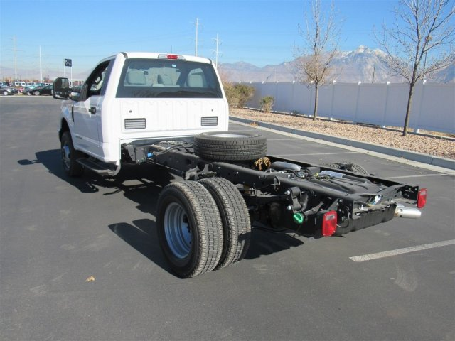 2019 F-350 Regular Cab DRW 4x4,  Cab Chassis #T27556 - photo 7