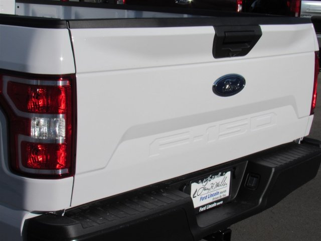 2018 F-150 Regular Cab 4x2,  Pickup #T27995 - photo 3