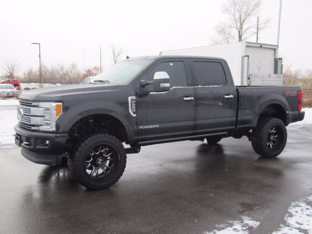 2019 F-250 Crew Cab 4x4,  Pickup #T28380 - photo 3