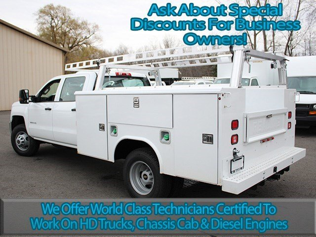 2016 Silverado 3500 Crew Cab 4x4, Reading Service Body #16C232T - photo 7