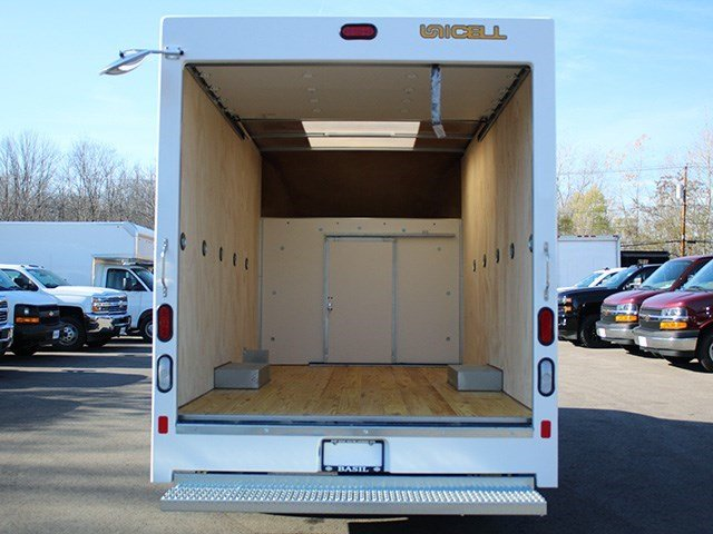 2016 Express 3500, Unicell Cutaway Van #16C267T - photo 13