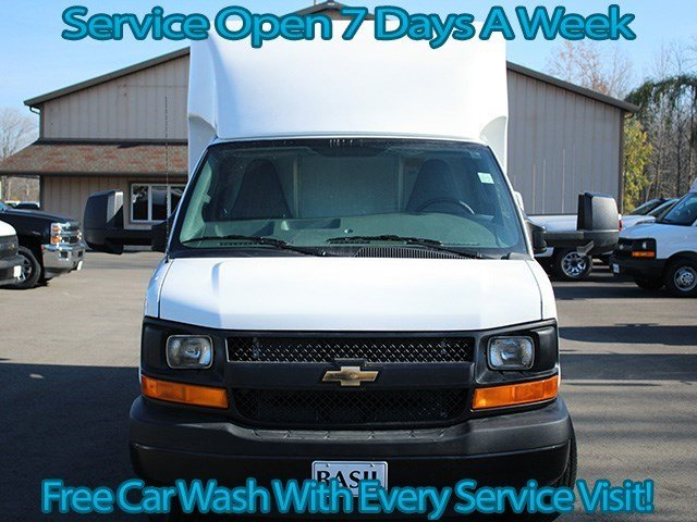 2016 Express 3500, Unicell Cutaway Van #16C267T - photo 4