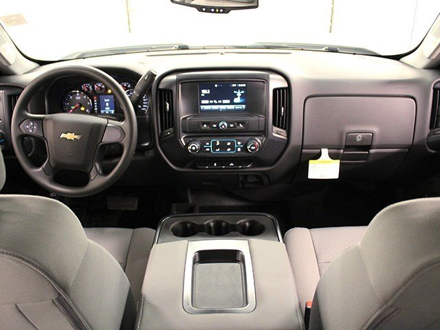 2016 Silverado 3500 Crew Cab 4x4, Pickup #16C304T - photo 17