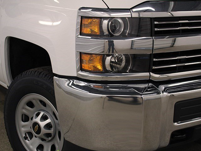 2016 Silverado 3500 Crew Cab 4x4, Pickup #16C304T - photo 9