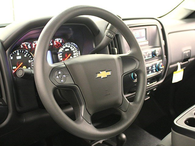 2016 Silverado 3500 Regular Cab 4x4, Pickup #16C324TD - photo 13