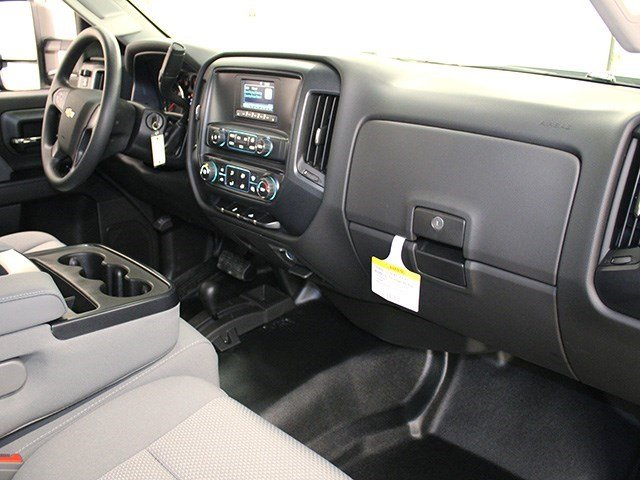 2016 Silverado 3500 Regular Cab 4x4, Pickup #16C324TD - photo 27