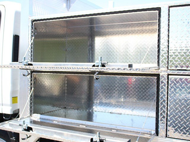 2016 LCF 4500 Regular Cab, Platform Body #16C336T - photo 14