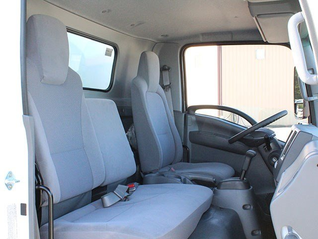 2016 LCF 4500 Regular Cab, Bay Bridge Dry Freight #16C341T - photo 19