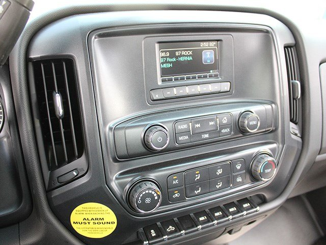 2017 Silverado 3500 Crew Cab DRW 4x4, Reading Service Body #17C100T - photo 19