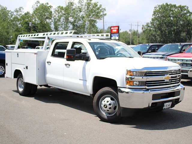 2017 Silverado 3500 Crew Cab DRW 4x4, Reading Service Body #17C100T - photo 3