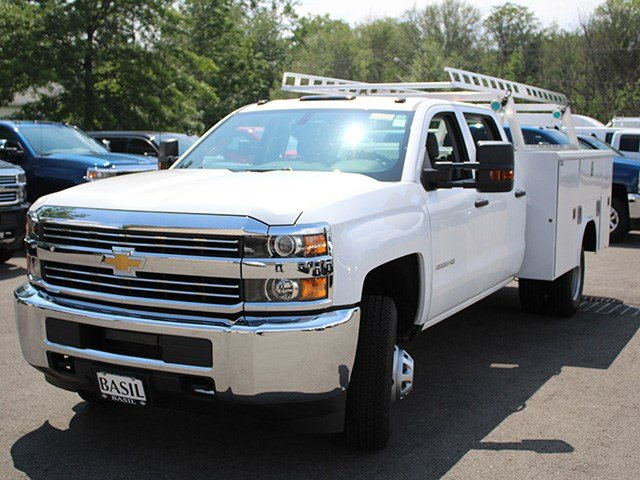 2017 Silverado 3500 Crew Cab DRW 4x4, Reading Service Body #17C100T - photo 9