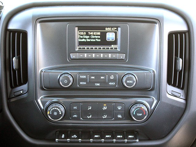 2017 Silverado 3500 Crew Cab 4x4, Reading Platform Body #17C101T - photo 16