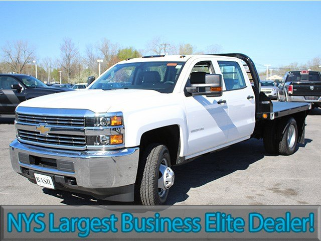 2017 Silverado 3500 Crew Cab 4x4, Reading Platform Body #17C101T - photo 3