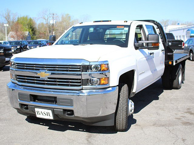 2017 Silverado 3500 Crew Cab 4x4, Reading Platform Body #17C101T - photo 7