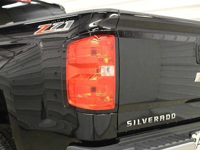 2017 Silverado 2500 Crew Cab 4x4, Pickup #17C106T - photo 10