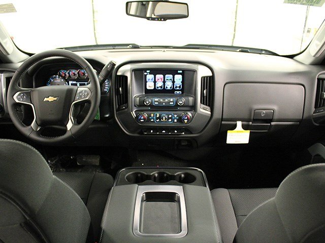 2017 Silverado 2500 Crew Cab 4x4, Pickup #17C106T - photo 18