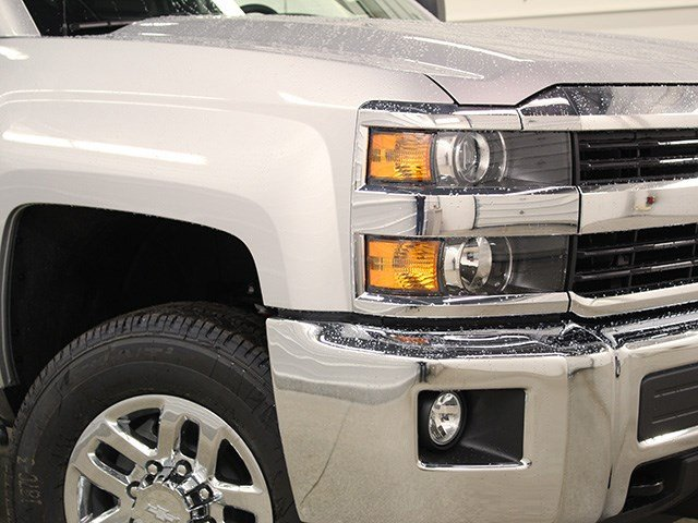 2017 Silverado 2500 Double Cab 4x4, Pickup #17C119T - photo 9