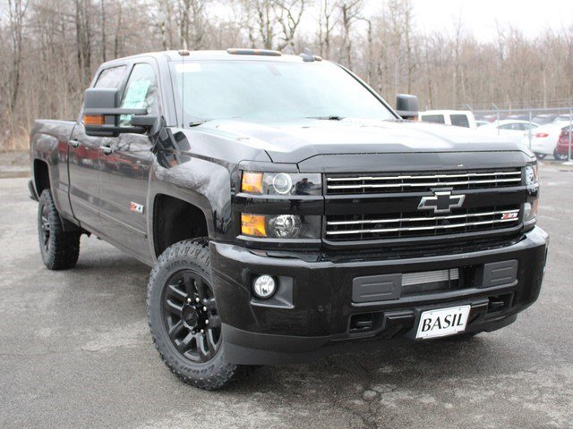 2017 Silverado 2500 Crew Cab 4x4, Pickup #17C121T - photo 9