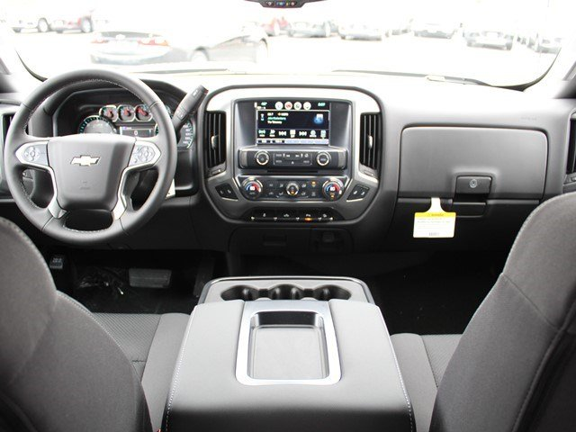 2017 Silverado 2500 Crew Cab 4x4, Pickup #17C121T - photo 17