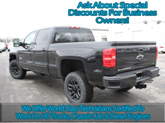 2017 Silverado 2500 Crew Cab 4x4, Pickup #17C121T - photo 7