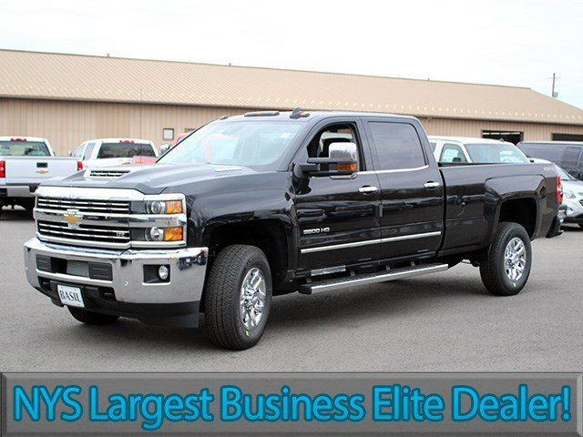 2017 Silverado 3500 Crew Cab 4x4, Pickup #17C125T - photo 3
