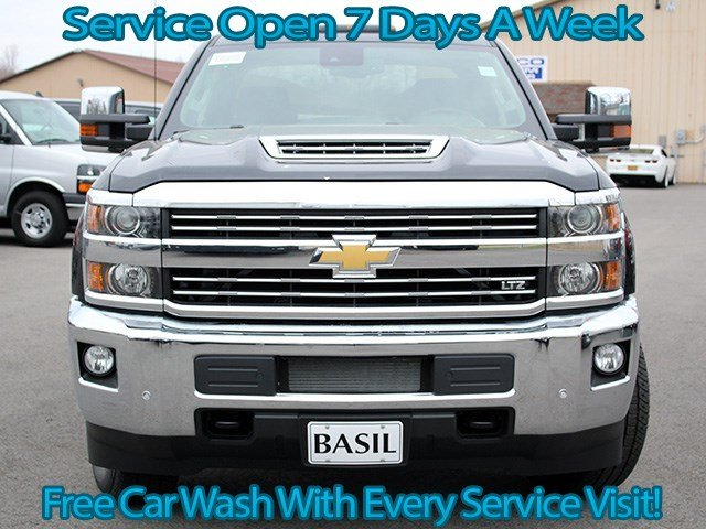2017 Silverado 3500 Crew Cab 4x4, Pickup #17C125T - photo 4
