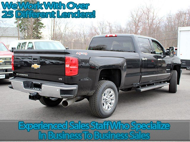 2017 Silverado 3500 Crew Cab 4x4, Pickup #17C125T - photo 2